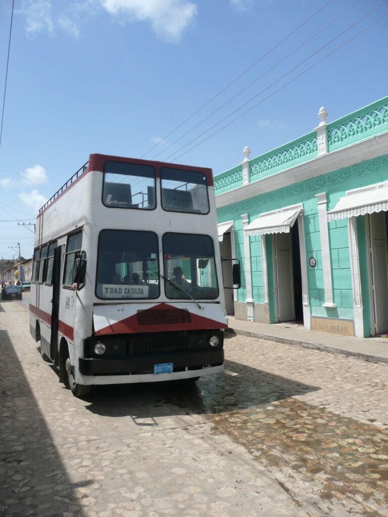 Kubanischer_Bus